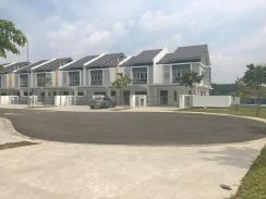 Extra Land END LOT 2 Storey, Serene Heights Bangi, NEWLY COMPLETED