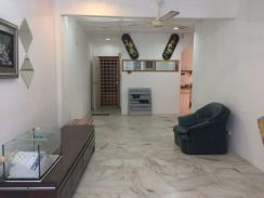 Greenview Apartment, Taman Pusat Kepong, Partly Furnished with Lift
