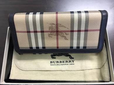 BURBERRY Haymarket Continental Wallet