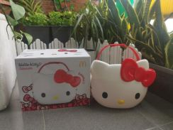 Hello Kitty Carrier MCDonald Limited Edition