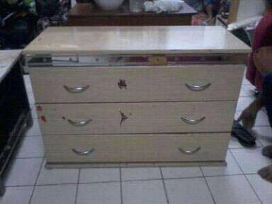 Chest drawer almari buku rak tv