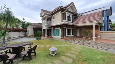 Mutiara Rini Double Storey Corner Lot For Rent