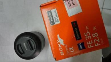 Sony zeiss fe 35mm f2.8 za lens