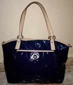 Shoulder Bag Authentic COACH Est.1941