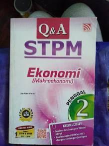 Buku Soalan dan Jawapan Ekonomi STPM Sem 2