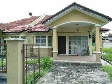 SEMI-D Taman Jenjarom Permai,Selangor.- EASY ACCESS -Good Neighbourhoo