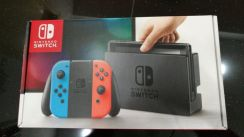 Nintendo Switch Neon (Packages)