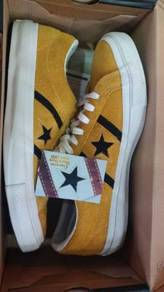 Converse STAR & BARS SUEDE GOLD