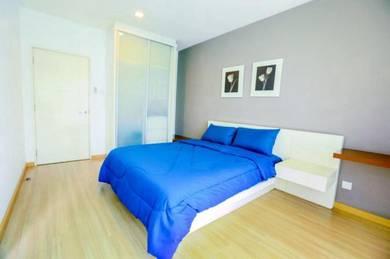 Master bedroom (ensuite) In Mont Kiara