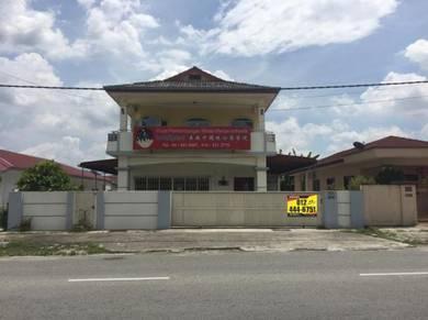 Double Storey Bungalow Kampung Bercham