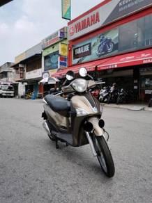 Piaggio Liberty Gold 150 Bulan Ramdhan Promotion