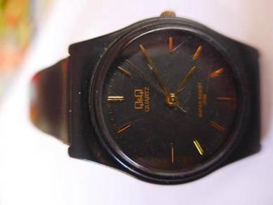 Q&Q Quartz Watch