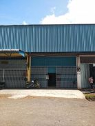 1sty warehouse/factory , taman mewah ,kulai
