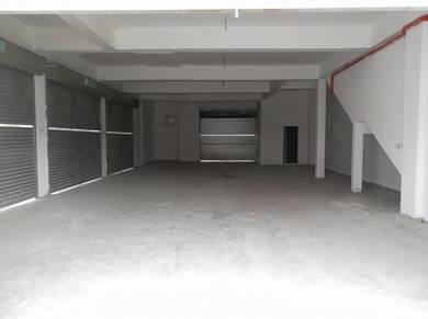 Bandar Enstek Nilai 3 Storey (Mercato 2 Enstek)