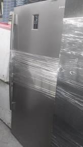 Samsung 2 Door Silver Large Refrigerator TN680