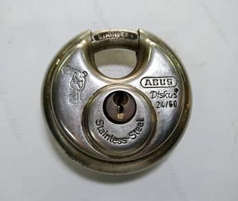 Diskus Stainless Steel 24/60 padlock. Made in Germ