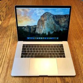 Apple MacBook Pro 15 Laptop with Touchbar