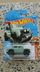 HotWheels '15 Land Rover Defender Cab Green