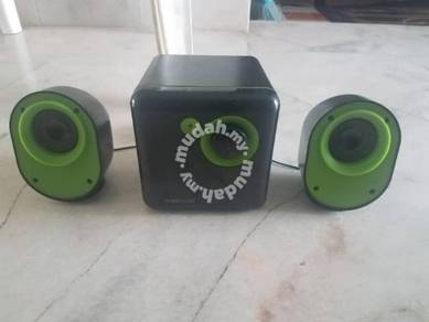Sonicgear speaker amplifier set