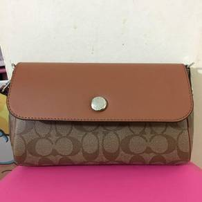 Coach 2 colour sling bag F59534