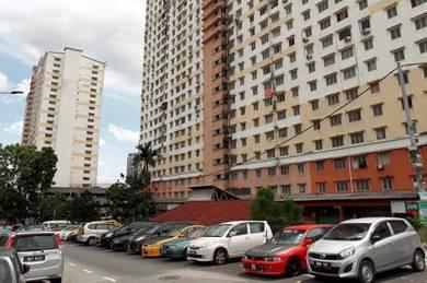 (LOW DEPOSIT) Bilik Sewa Muslimah Apartment FLORA Blok E , FREE WIFI