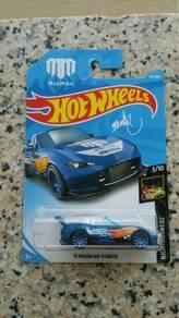 HotWheels '15 Mazda MX-5 Miata Blue