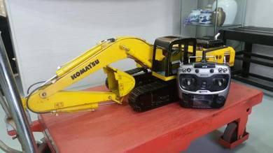 1/12th Scale Komatsu PC360 Hidraulics RC Excavator