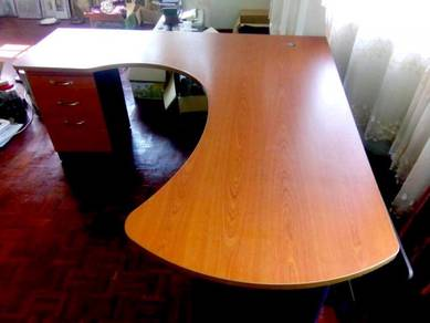 L-Shaped Office & Study Table