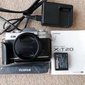 Fujifilm X-T20 with lenses