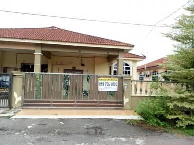 Fully Renovated : Single Storey Detached House at Taman Murni, Segamat