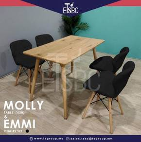 Molly table + 4 emmi chairs