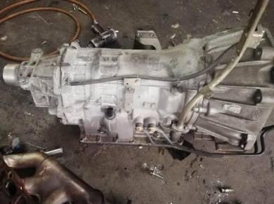 Nissan fairlady z33 vq35 gearbox auto