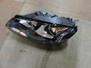 Volkswagen Touareg 2015 Original Xenon Headlamp