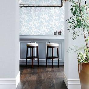 Classic wall paper with Expert Installation-584e8