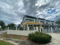 [Corner] M-Residence 2Sty Bandar Country Homes (BigLand)