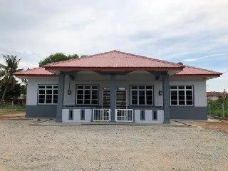 DKOLAM HOMESTAY (Unit C/D) at Batu Berendam