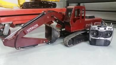 1/12th Scale Hitachi EX400 Hidraulics RC Excavator