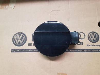 Volkswagen VW Genuine Passat Fuel Tank Door Flap