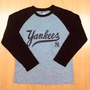 MLB L/Sleeve Yankees Tee Used