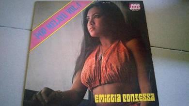 Piring hitam LP Melayu Emillia Contessa pop Melayu