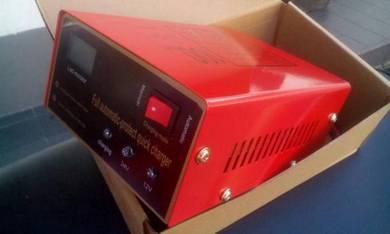 Pengecas Laju Bateri 12/24 Volt Full Smarthome
