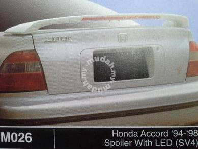 Honda accord 94 to 98 spoiler with led sv4