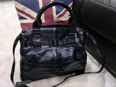 BURBERRY 2 Way Handbag