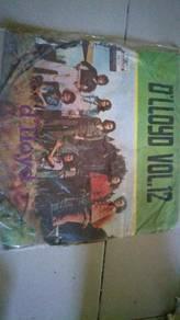 Piring hitam LP Melayu D'LLOYD vol 12