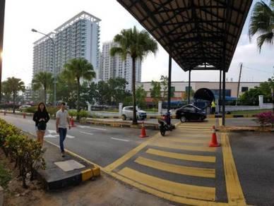 SELAYANG POINT CONDO Near UITM + FRIM + GH Selayang !! LADIES ONLY !!