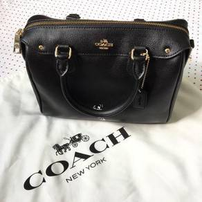 Coach authentic handbag