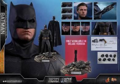 1/6th scale Batman (Deluxe Version) MMS456