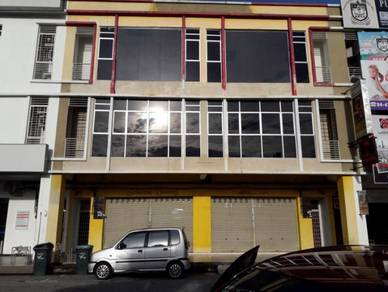 Two Combining Shoplot in Perdana Heights Lot 88 (Facing Mainroad)