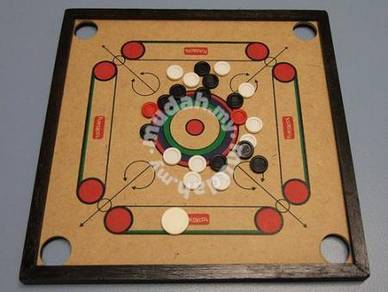 Carrom Board and pieces
