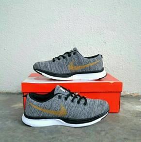 Nike Flyknit Racer Grey Gold